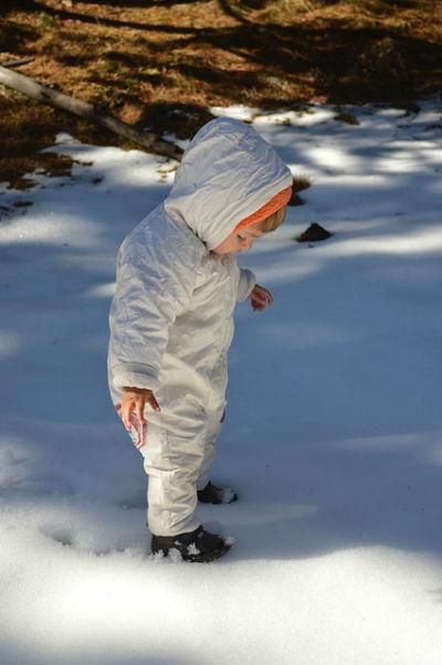 baby schnee erstaunt 8e 564