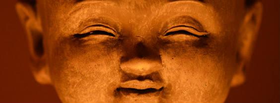 buddha gluecklich 564