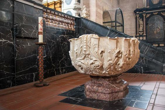 taufbecken marmor 564