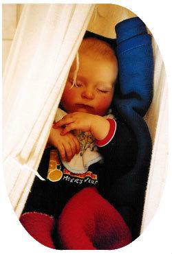 Babys mit Fieber brauchen viel Ruhe