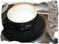 Kaffee macht wacht - auch das Baby - kleine Mengen gelten aber als unschädlich