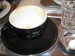 Der leckere Michkaffee am Morgen ist erlaubt
