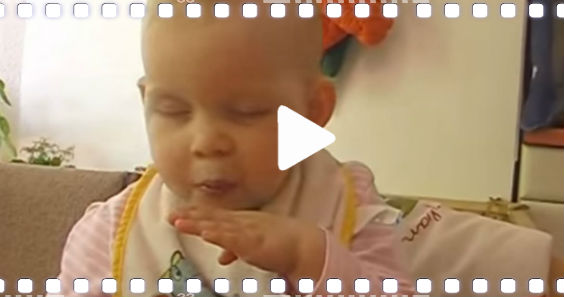 video baby schlaeft essen ein q 564